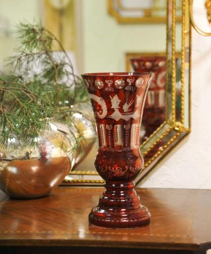 Raudono Krištolo Vaza